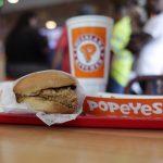 像吃家常菜…佰百雞「炸雞三明治」 非裔食客最共鳴
