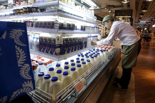 全球牛奶價格持續攀升,現已到達多年來高點,部分原因是中國對乳製品的需求飆升。路透