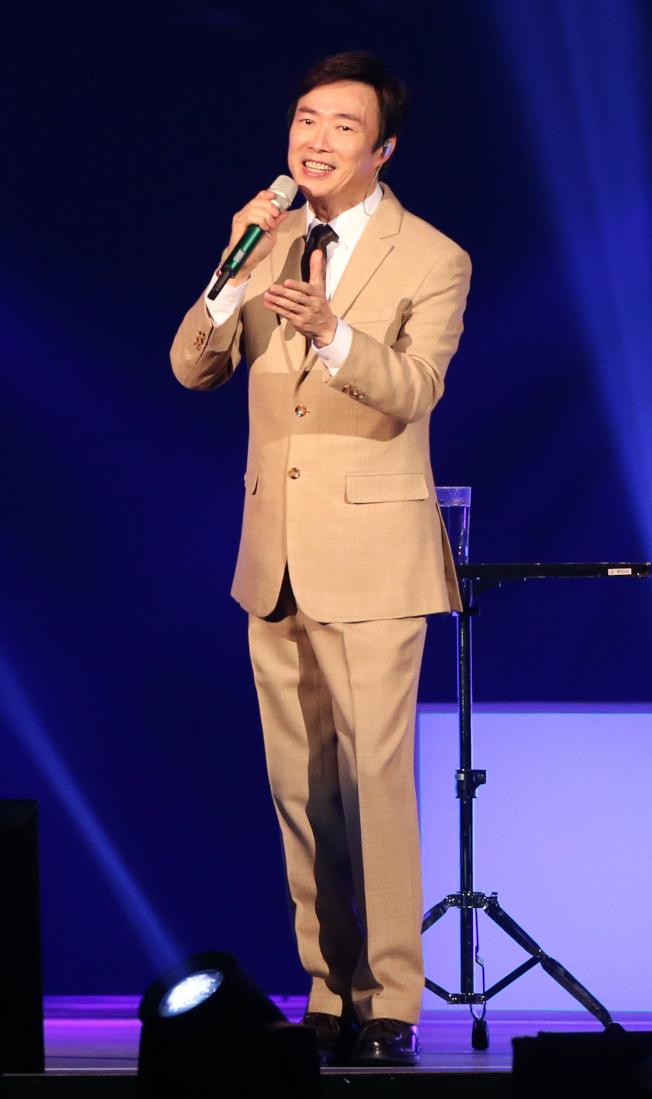 費玉清在台北小巨蛋舉辦最終場「告別演唱會」。記者許正宏/攝影