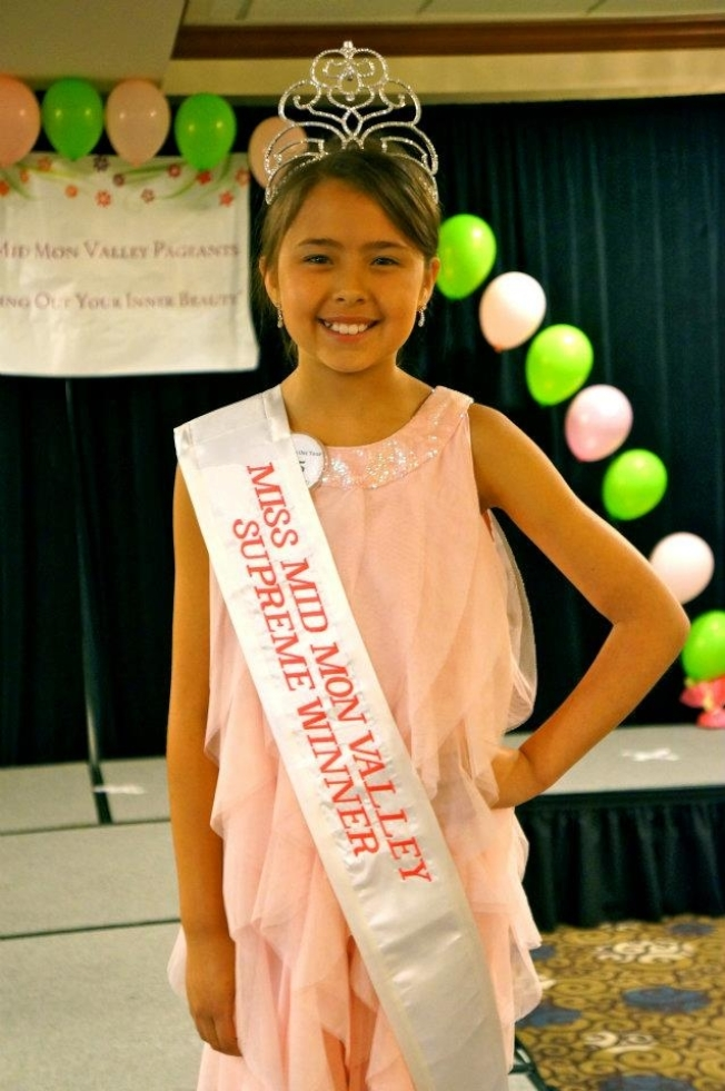 林文玉十时参加「梦谷小姐」选美赛拿下五项冠军。。(本报档案照)