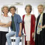 神州│滿頭白髮…「時尚奶奶」華麗走秀