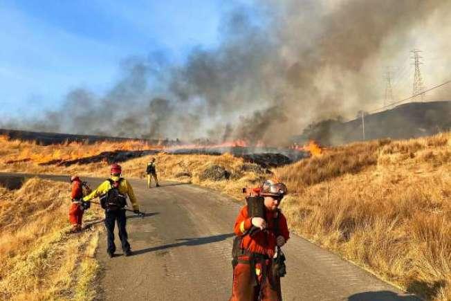 北灣蘇諾瑪縣的「Kincade大火」,焚燒了兩周之後,終於全面受控。(Getty Images)