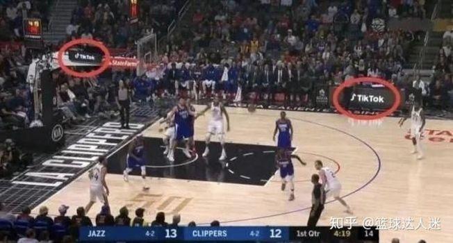 NBA賽場出現了Tik Tok的廣告。(取材自知乎)