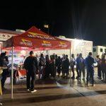 豪邁體驗美式速食 中國獎勵團包餐車 海邊吃漢堡熱狗