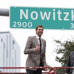 NBA名將諾威茲基 為自己路名揭牌