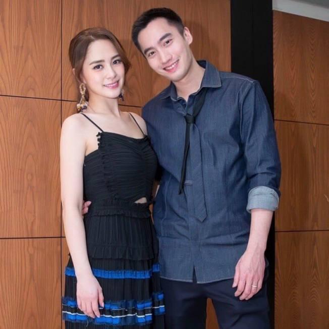 阿嬌(左)和老公賴弘國驚傳分居,但兩人否認。(取材自臉書)