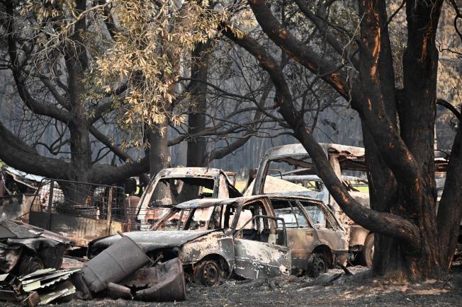 澳洲森林大火延燒,導致東部沿海與大雪梨地區面臨嚴重威脅。(Getty Images)
