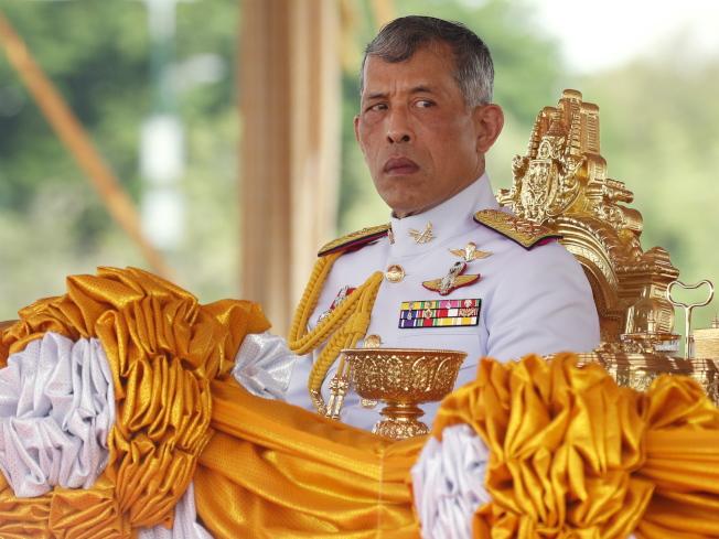 部分專家認為,904課程反映出,瓦吉拉隆功是從1932年泰國改行君主立憲制以來,最想掌控泰國政府與社會的國王。(歐新社)