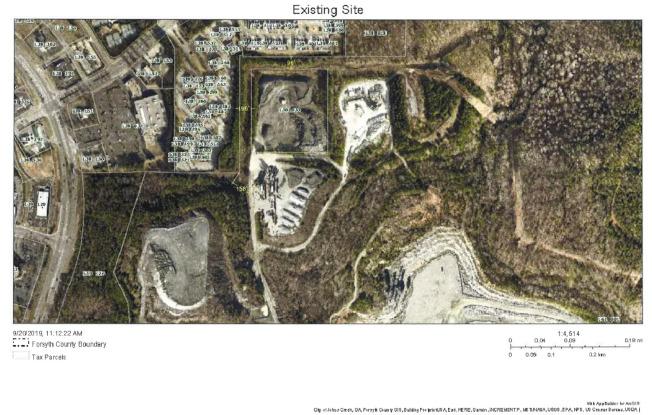 現有的瀝青廠位置,較靠近Laurel Springs Pkwy的住宅區。(福賽斯郡公開資料)