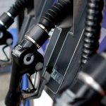 南加油價持續跌 仍較去年同期高
