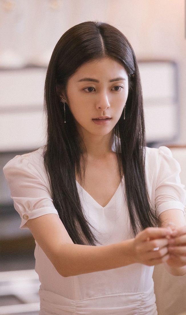 任容萱挑戰演出「101次求婚」,卻遭多位導師一致差評。(取材自微博)