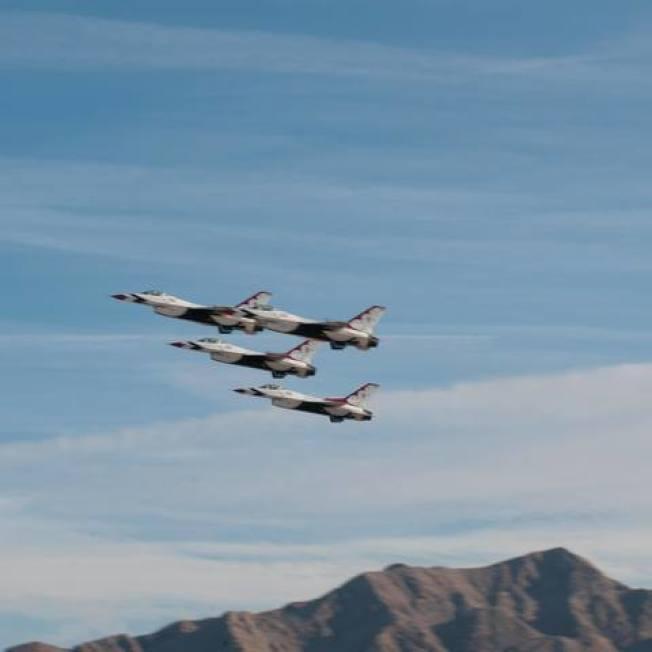 賭城空軍飛行秀 16、17日上演