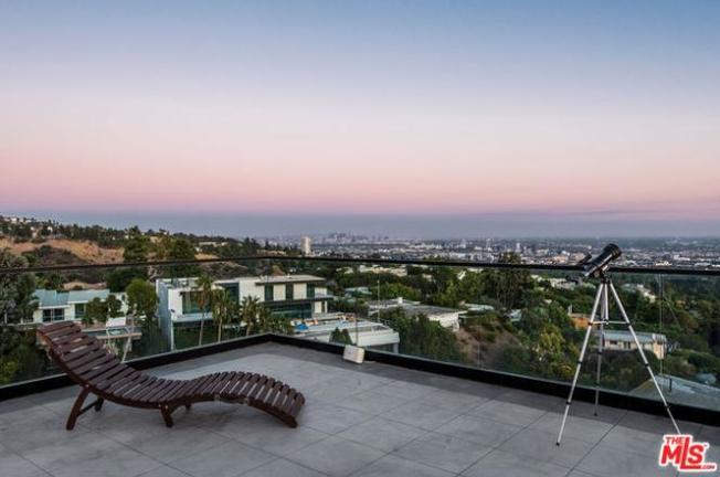 風景也是豪宅標準之一。(Redfin圖片)