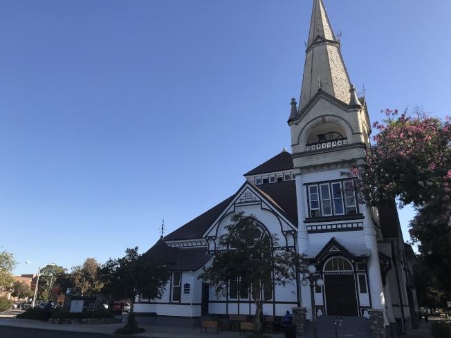 市區古老教堂是城市景觀一大特色。(記者啟鉻/攝影)