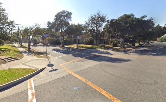聖瑪利諾Lorain路和Mission路(左側)附近發生一起搶劫案,受害人手上的勞力士金錶和金手鐲被搶走。(谷歌截圖)