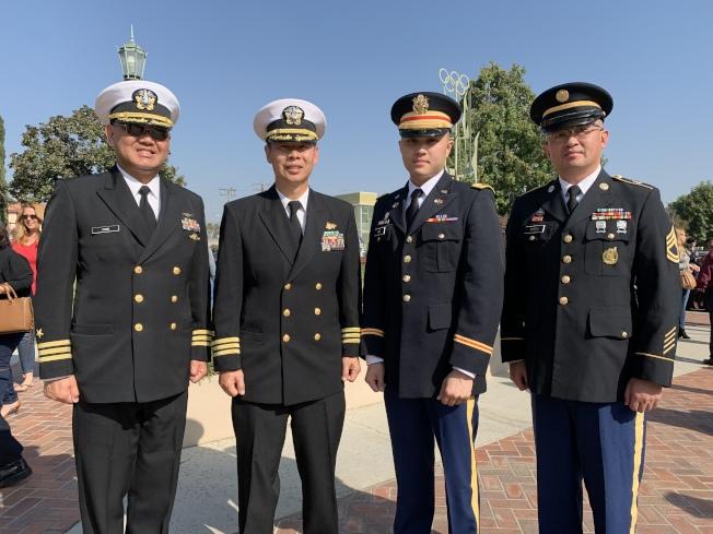 蒙特利公園市紀念退伍軍人節典禮,日前在市政廳舉行。圖為出席的華裔軍官合影。(記者王子銘╱攝影)