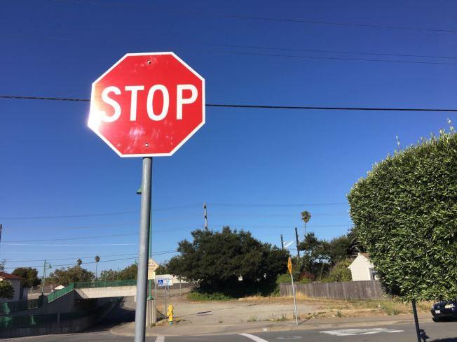 因為交通安全事故頻發,舊金山對於車輛限速限行的越來越多。(本報檔案照片)