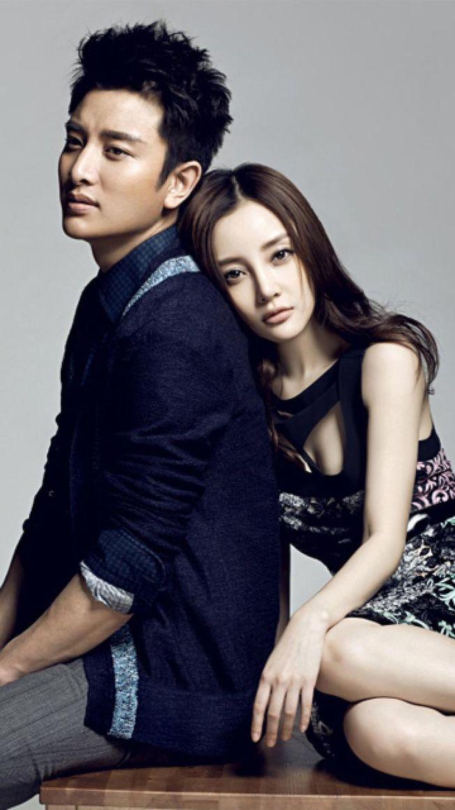 賈乃亮(左)、李小璐宣布離婚。(取材自微博)