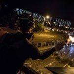 港府拒談條件 中大示威者再封吐露港公路商討去留