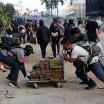 校園遭外來示威者占領 中大理大籲撤離