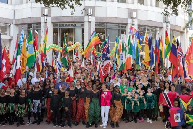 文化融和節將有 當地社區各族裔大遊行,在奧蘭多市府前廣場集合。(大會提供)