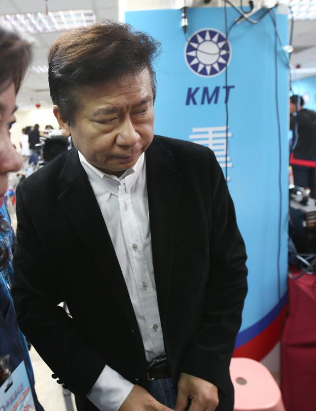 國民黨中央委員會議16日投票表決不分區立委提名名單,張顯耀落馬,成為國民黨史首次被提名人被否決。(記者蘇健忠/攝影)