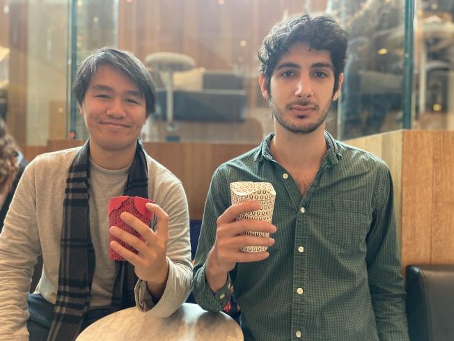 Unocup設計師(左起)陳鍵鋮及Kaanur Papo。(記者鄭怡嫣/攝影)