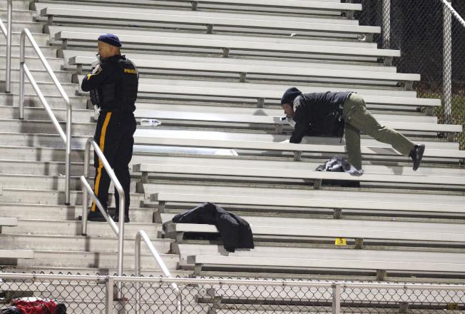 槍案發生後,新澤西州大西洋郡警方在現場蒐證。(美聯社)