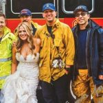 新娘塞車陣 搭消防車趕上婚禮