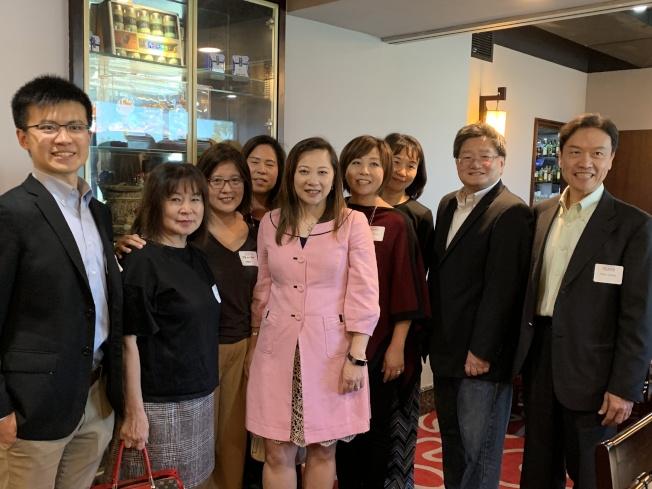 第45區美國國會眾議員候選人黃瑞雅蒞臨聖地牙哥,舉行募款餐會,受到當地僑民支持。(記者陳良玨/攝影)