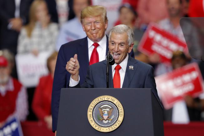 共和黨籍的雷斯朋雖有川普總統加持,但在路易斯安納州州長選戰中,仍敗下陣來。(美聯社)