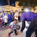 華美銀行攜手湖人 感恩餐鼓勵貧童