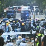〈圖輯〉港警包圍理工大學 警民火爆對峙 示威者擔心血腥攤牌