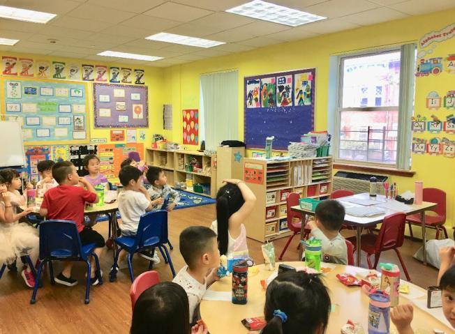 幼師工資將與教育局工作人員工資持平。(本報檔案照)