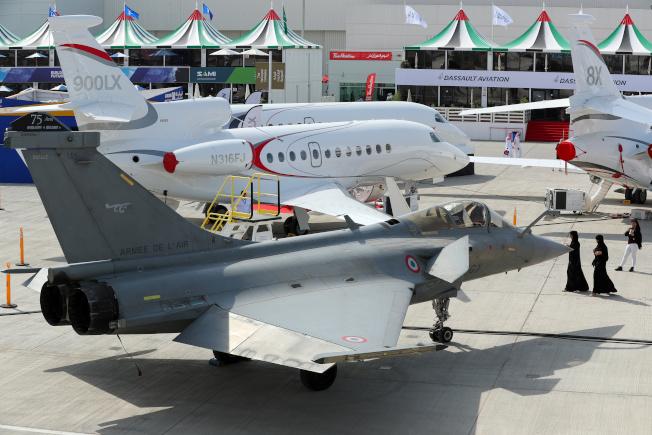 杜拜航空展首日現場極其冷清,次日交易稍為熱絡。 (路透)