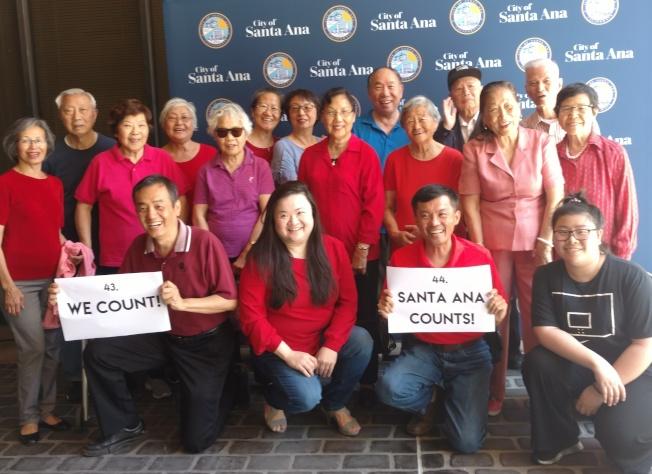 亞美老人服務中心代表參與錄製華語人口普查宣導短片。(亞美老人服務中心提供)