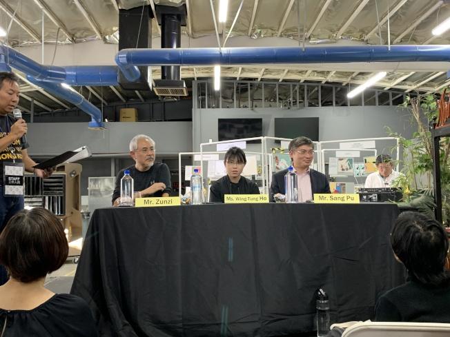 香港漫畫家尊子(左起)、香港學生何泳彤、政治評論員桑普。(本報記者/攝影)