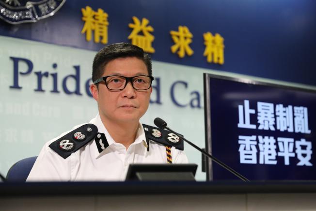 鄧炳強認為,「總區應變大隊」效率高,正研究將之常規化,有助提升警隊的長遠抗暴能力。中通社