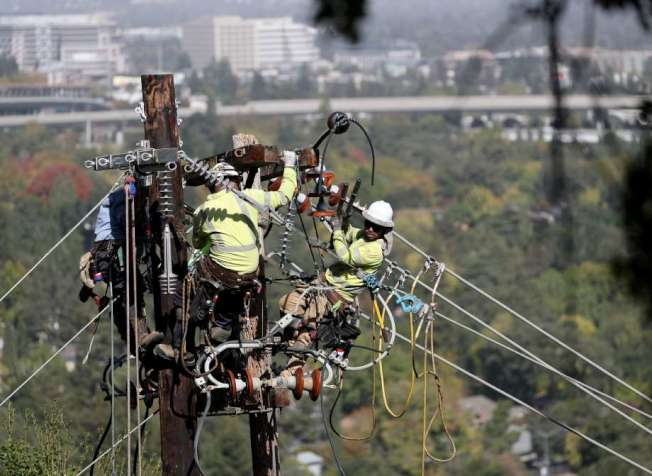 36--PG&E將於周三起進行「安全斷電」,北灣三縣將受影響,受影響用戶達5萬1000戶。(Getty Images)