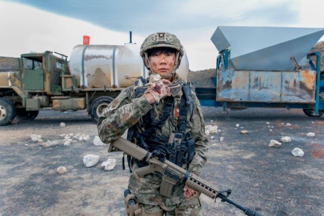 林俊傑在MV中使用的氣槍。(廖紹宇提供)