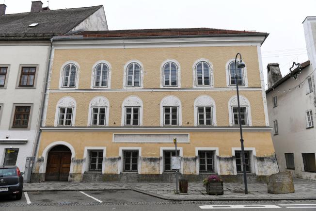 奧地利內政部19日宣布,納粹德國領導人希特勒出生的樓房將被改建為警察局。(路透)