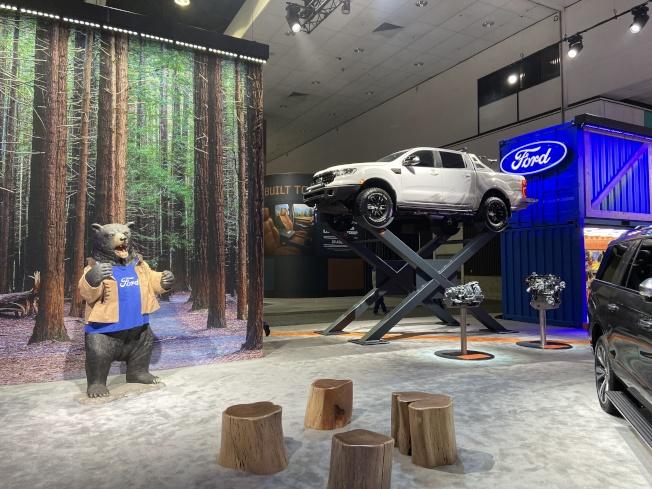 福特汽車展覽區。(記者謝雨珊/攝影)