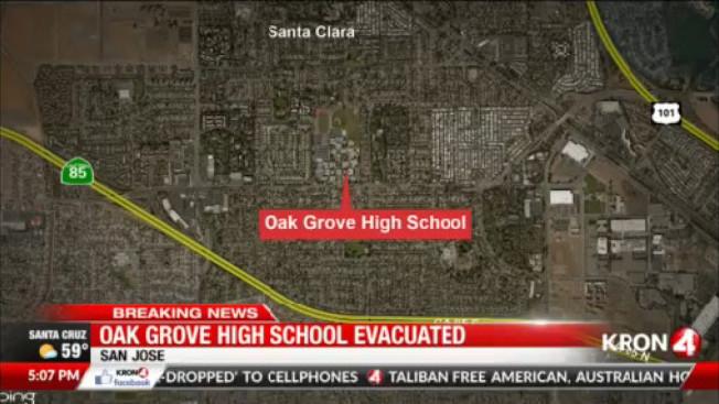 聖荷西的橡林高中(Oak Grove High),周二發現一個自製炸彈,引起全校驚慌;警方說,以前有過多次虛報炸彈的事情,但這是第一次發現炸彈。(電視新聞截圖)