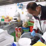香港理工大學副校長進入校園 應要求打掃餐廳廚房