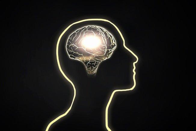 學歷高低影響罹患失智症風險? 圖/ingimage