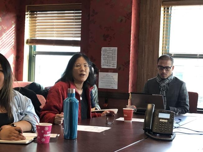 波士頓麻州大學亞裔研究所研究員Carolyn Wong與波士頓華埠社區中心合作進行亞裔賭博問題研究。(記者劉晨懿之╱攝影)