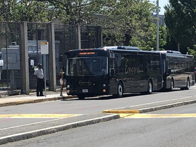 摩頓中心和波士頓華埠等華人聚居地方都有來自康州和麻州賭場的免費巴士接送。(記者劉晨懿之╱攝影)