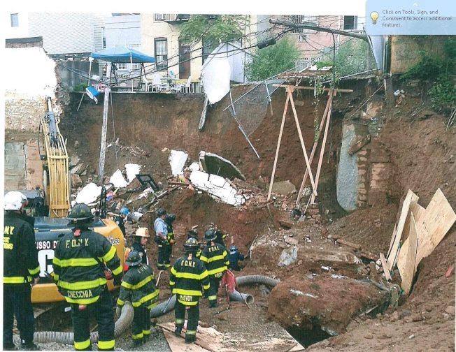 事發後消防人員對現場展開救援。(布碌崙檢察官辦公室提供)