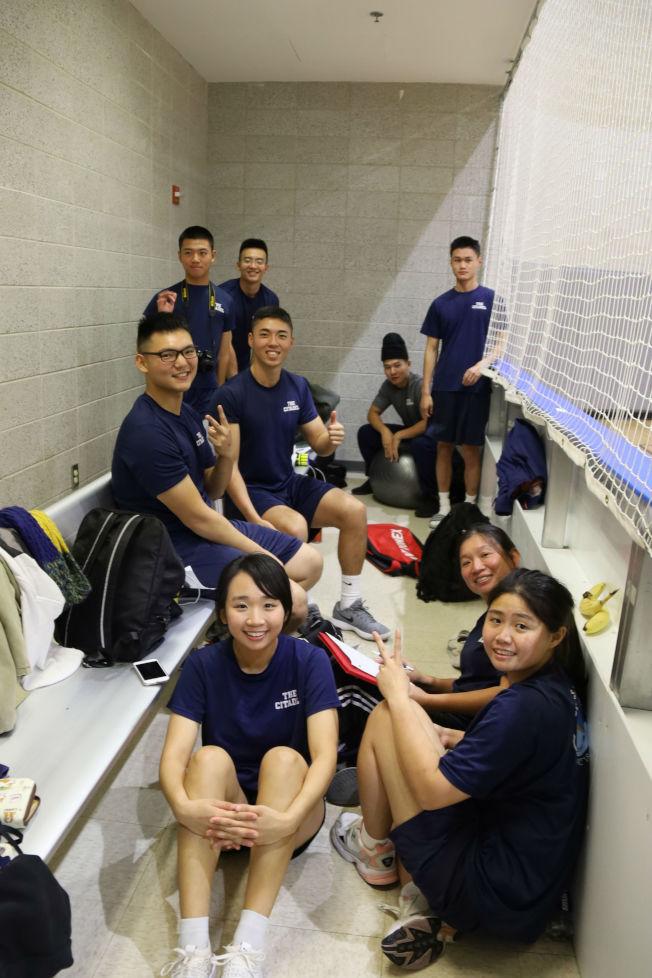 Citadel軍校台灣學生,右為隊長朱桾榕。(記者陳淑玲/攝影)