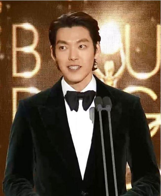 金宇彬抗癌成功後首度公開亮相,擔任青龍獎頒獎嘉賓。(取材自Instagram)